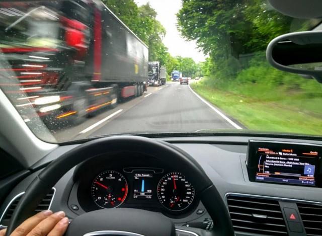 Jetzt Live: Digitaler Standstreifen: Unterwegs auf Unternehmens-Autobahnen – imSchneckentempo