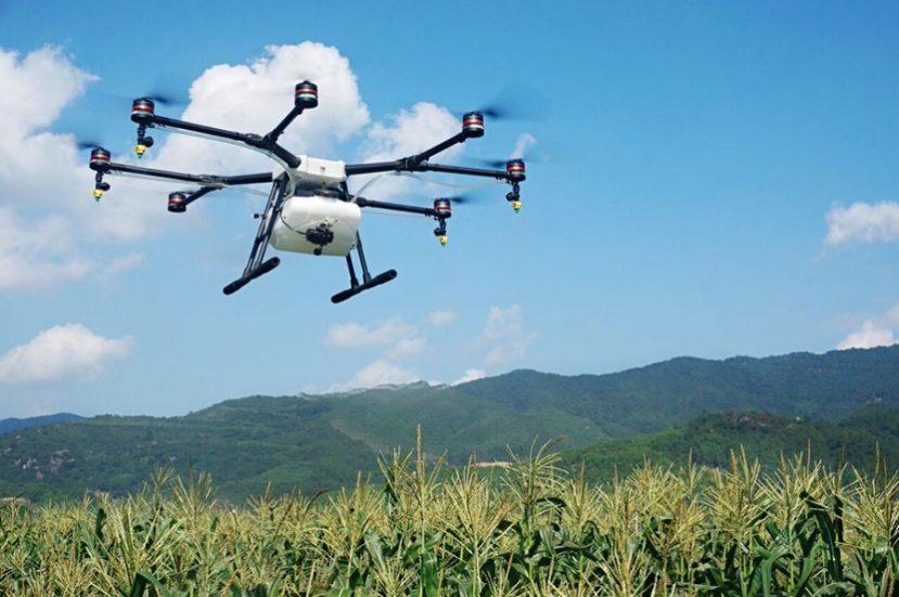 Fliegende Feldspritze und Wärmebildkamera – DJI steigt in die Landtechnikein