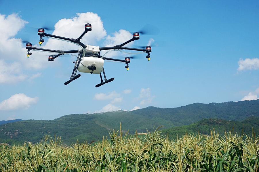 AGRAS-1 Die fliegende Feldspritze von DJI