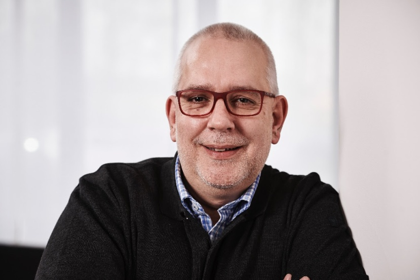 VOGELSÄNGER heuert Frank Michna an: Geschichten multimedial entwickeln und crossmedial teilbarmachen
