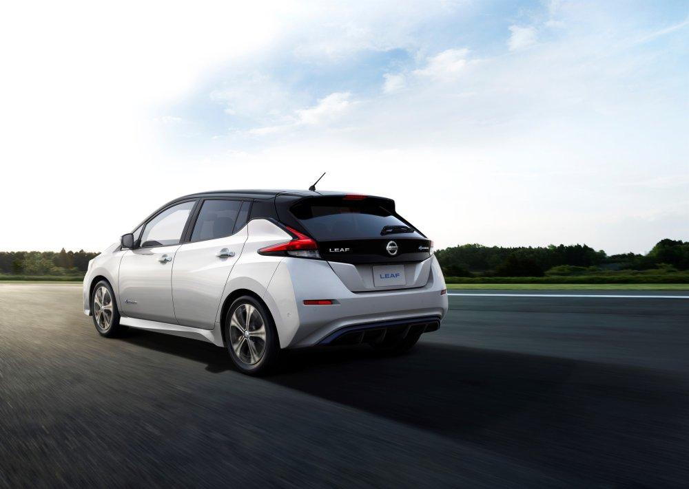 426201846_Der_neue_Nissan_Leaf_2017